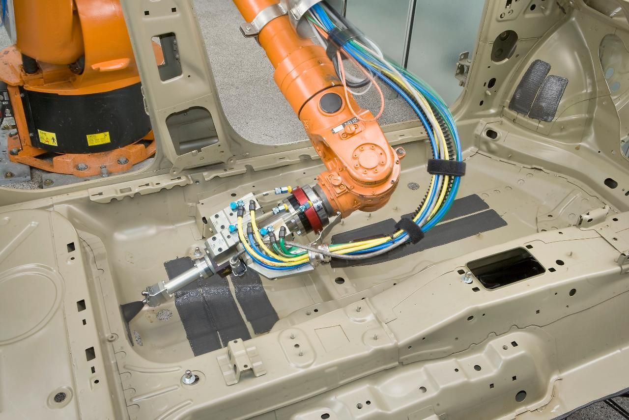 Henkel solution for the automotive industry