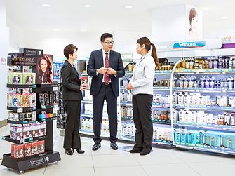 Discussion with James Wang in the beauty care customer store.